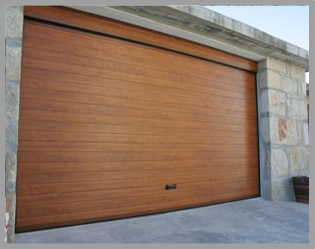 Puerta seccional lacada imitacion madera acanalada lisa for Puerta garaje seccional precio
